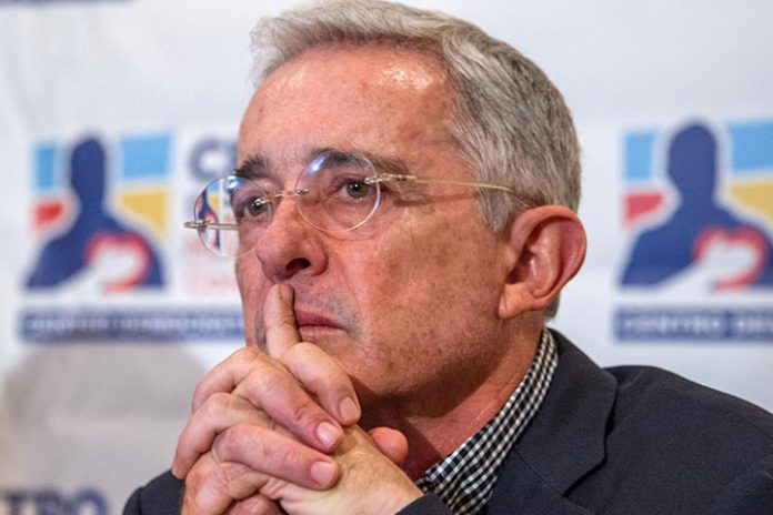 lvaro Uribe