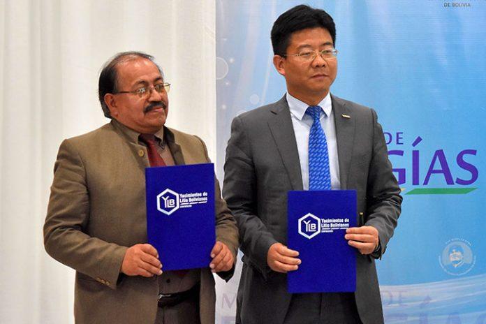 Juan Carlos Montenegro y Zheng Yan