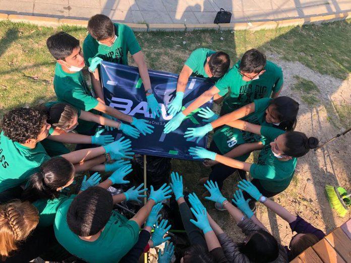 La juventud boliviana contribuye con el cuidado del medio ambiente gracias a PromoBANX