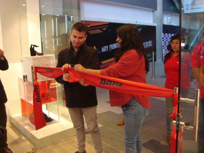 """Inauguración """"tiendas Bata Red"""""""