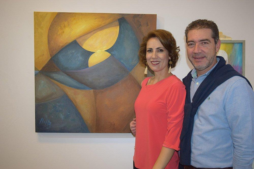 La artista Nilla Ossio junto a su esposo Luis Fernando Morales