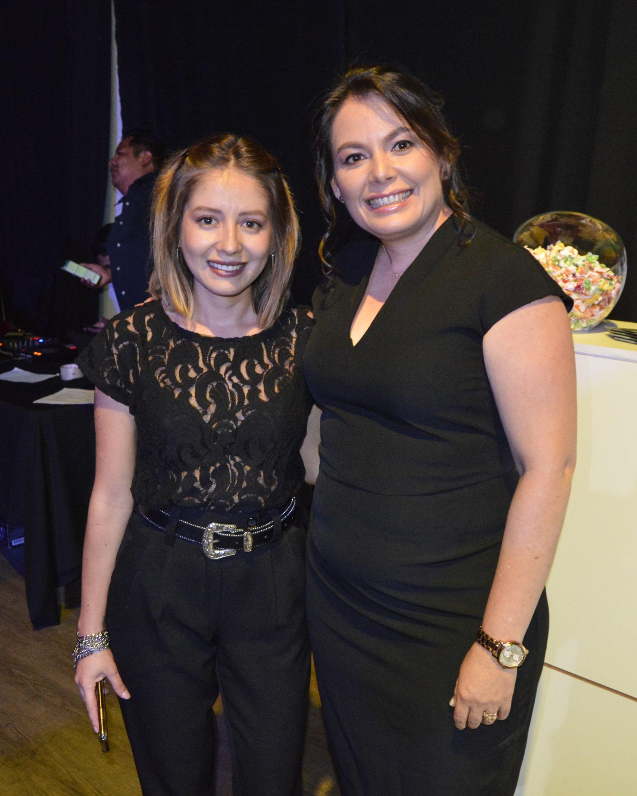 02 Nohelia y Alejandra Sandoval scaled