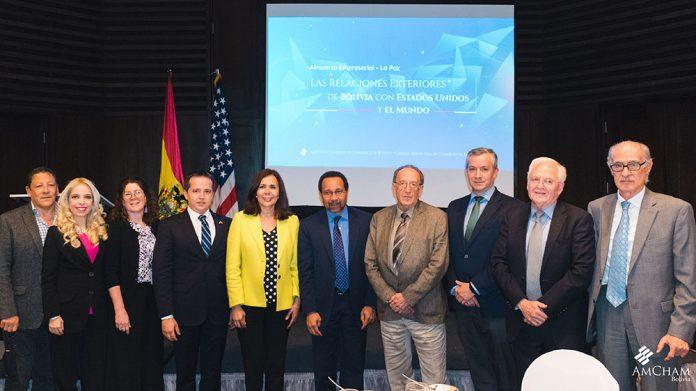 Claribel Aparico Jerónimo Vaqueiro Dra. Karen Longaric Bruce Williamson y socios de AmCham