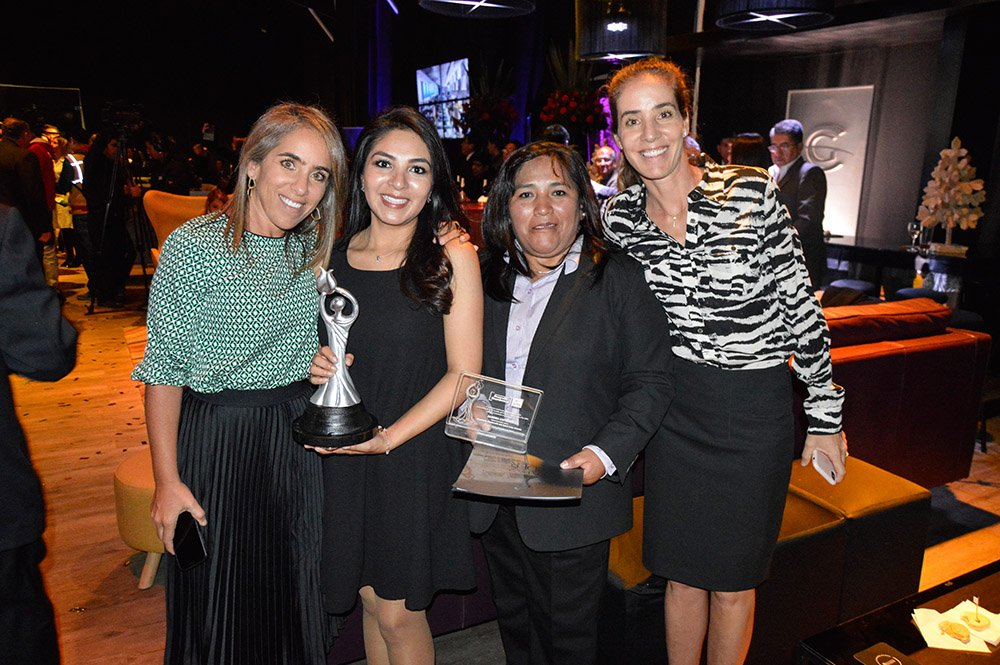 Denisse Handal Ericka Alba Sandra Espinoza Nicolle Handal