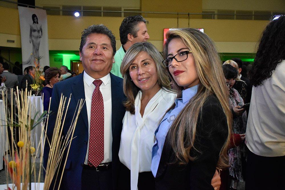 Franklin Duran Elizabeth Gutierrez de Durán Cynthia Duran