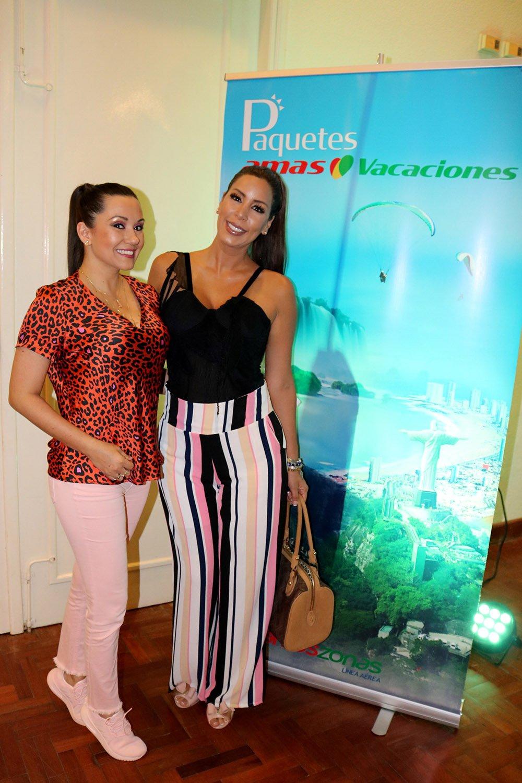 Carmen Julia Escalante y Regina Vargas
