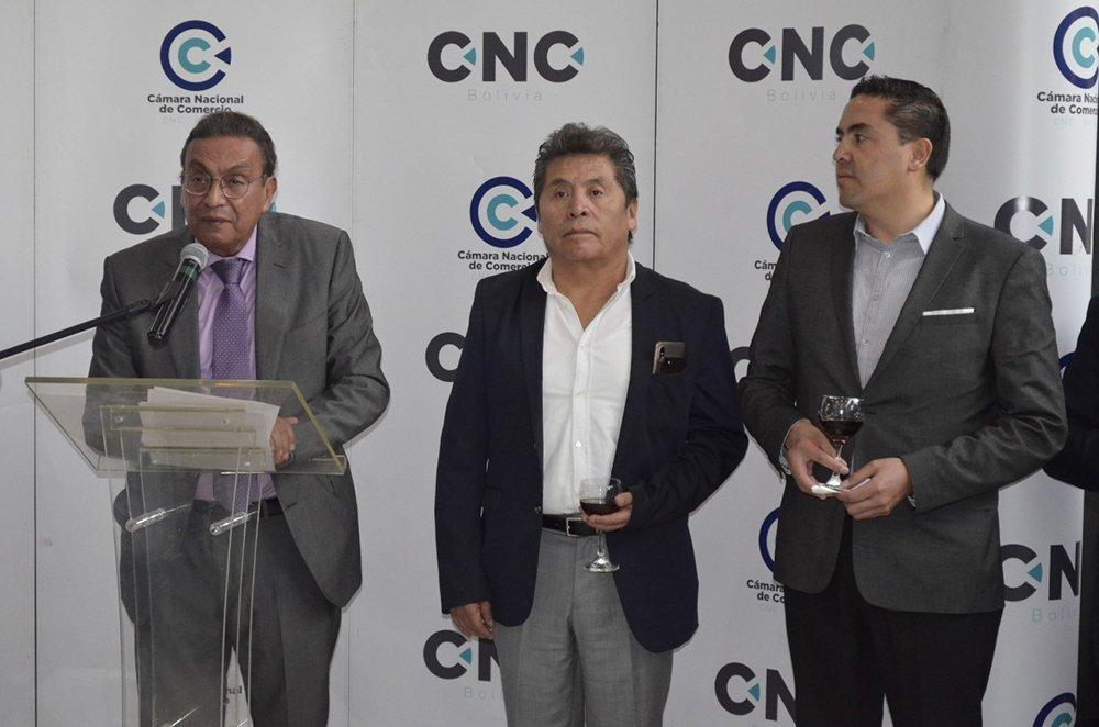 Dr. Rolando Kempff Presidente de la Cámara Nacional de Comercio CNC – Bolivia