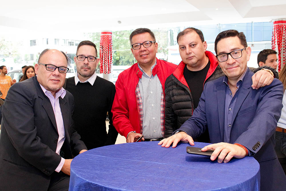 Rafael Rojas Director Ejecutivo Rodrigo Ávila Gerente General Renan Quiroga Javier Rodríguez y Cayo Salinas