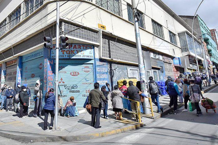 filas Banco Unión