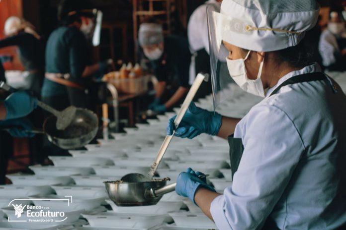 Banco Ecofuturo establece una alianza con Gustu Gastronomía S.A. y la Fundación Unifranz para garantizar la alimentación nutritiva del personal que trabaja en los centros hospitalarios de La Paz