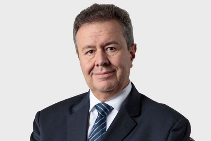 """El Presidente de Directorio del BNB Pablo Bedoya recibió el """"Premio País Bolivia"""" en la categoría """"Canales de Innovación"""" otorgado por Fintech Américas."""