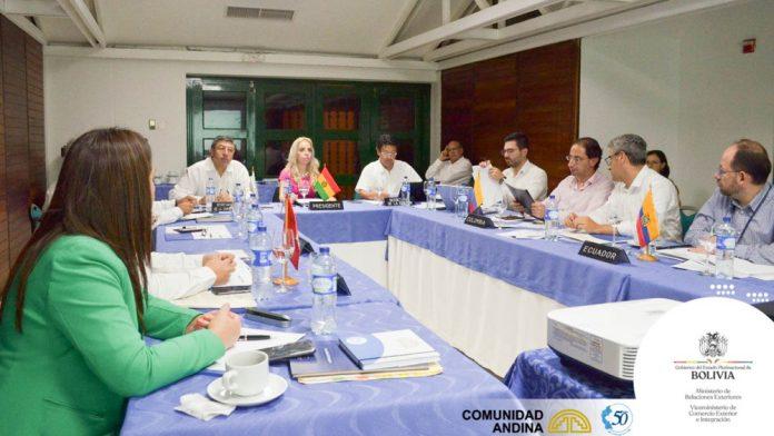 Entra en aplicación la Decisión 854 que determina la reducción de los costos roaming en las empresas telefónicas que operan en los Países Miembros de la Comunidad Andina Bolivia Colombia Ecuador