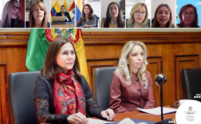 Ministra de Relaciones Exteriores Karen Longaric y la Viceministra de Comercio Exterior e Integración de Bolivia Claribel Aparicio Ferreira