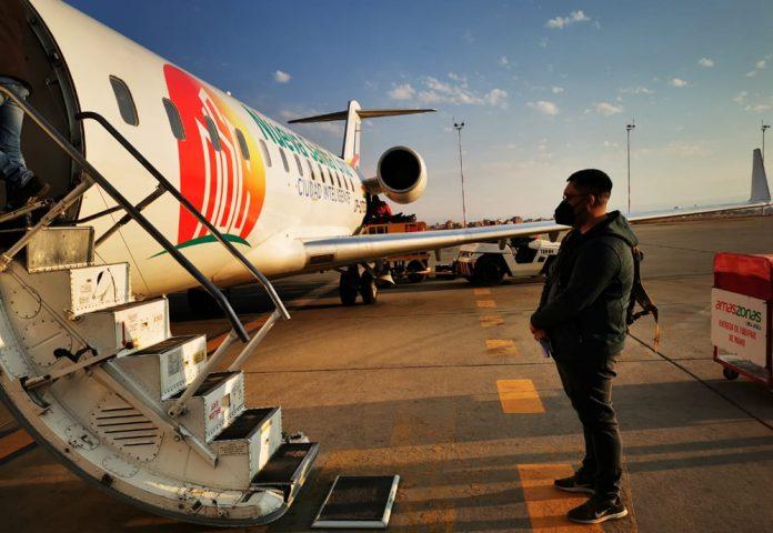 Amaszonas realiza vuelo de repatriacion y transporta material sanitario desde Chile