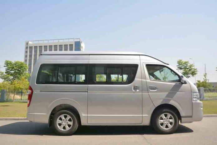 Joylong el fabricante y exportador asiatico de minibuses llega a Bolivia