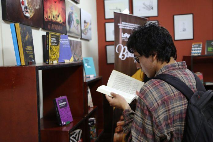 Libros de feminismo en la Biblioteca Municipal