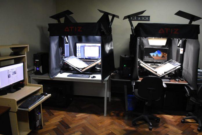 Los equipos de digitalizacion que han permitido hacer este trabajo donados por la Embajada del Japon en Bolivia
