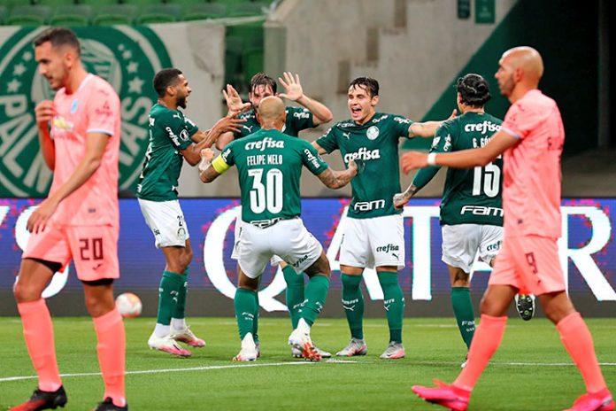 Palmeiras goleo a Bolivar