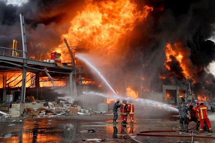 incendio puerto Beirut