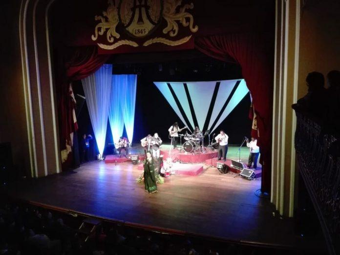 El Teatro Municipal Alberto Saavedra Perez reabre sus puertas al publico con estrictas medidas de bioseguridad
