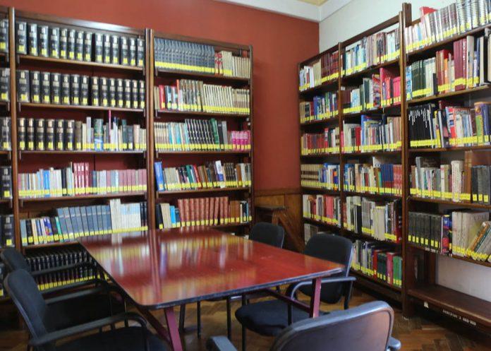 La Biblioteca Municipal habilita la estanteria abierta en una de sus salas