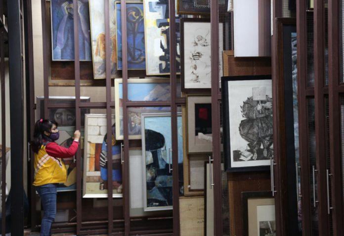 La Bodega Cultural del Museo Tambo Quirquincho resguarda mas de 1000 obras de arte