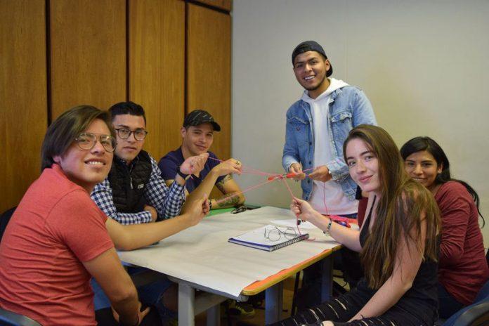 La UPB brinda grandes oportunidades a universitarios bolivianos con sus becas de estudio