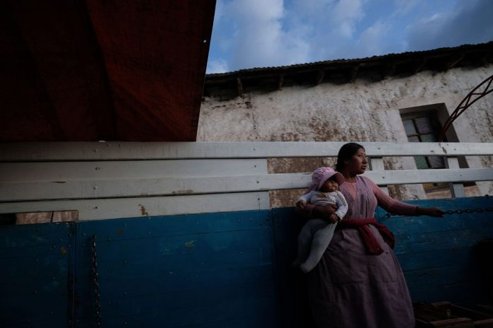 Wara Vargas es la ganadora del primer lugar en la categoria de Fotoperiodismo del XXI
