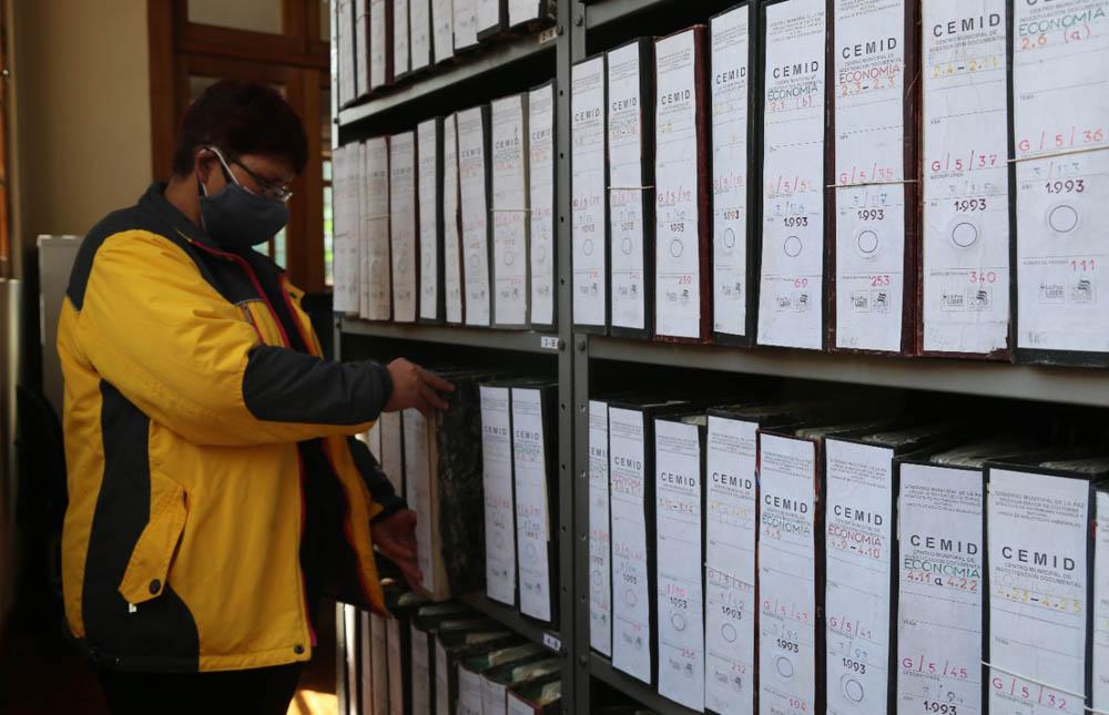 reinauguracion del Centro Municipal de Informacion Documental CEMID que contara con textos hemerograficos que datan desde 1974