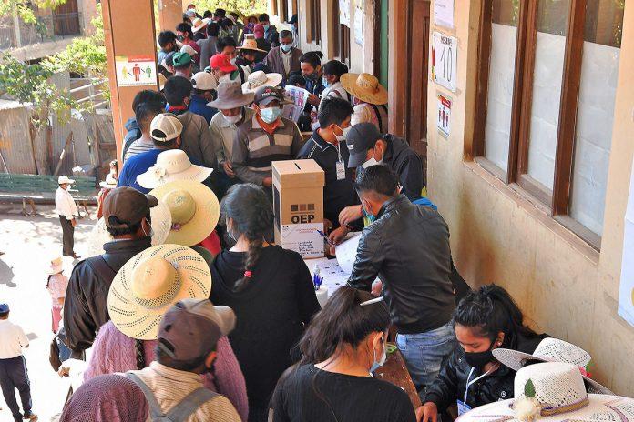 votacion Parotani