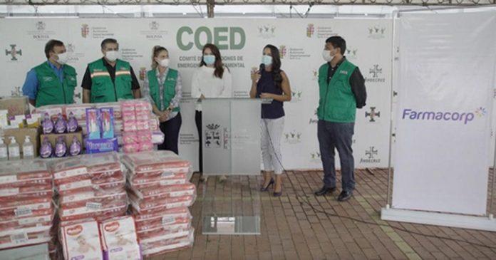 Farmacorp entrega vitaminas panales y enseres a hogares de la Gobernacion
