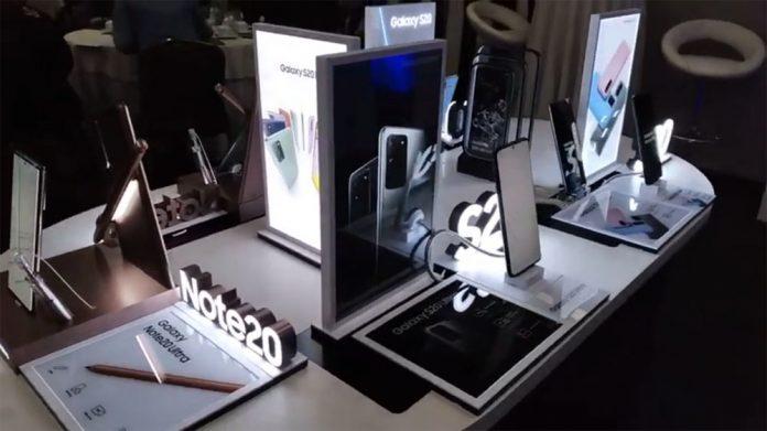 Por las fiestas de fin de ano Samsung presenta dos campanas para las familias bolivianas 1
