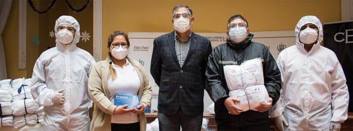 CBN dono al Sedes de La Paz trajes de bioseguridad hechos en Bolivia