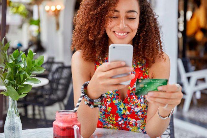 El Banco Mercantil Santa Cruz premia la fidelidad de sus clientes con descuentos en el delivery PedidosYa