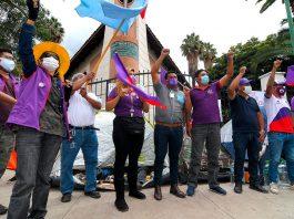 partidarios del candidato Manfred Reyes Villa