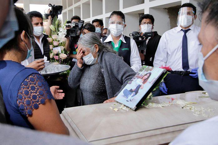 entierro Soledad Nogales