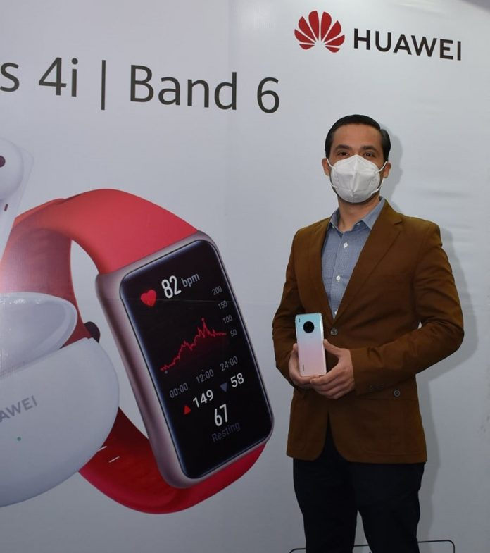 Gerente de Marketing de Huawei Bolivia Humberto Oroza
