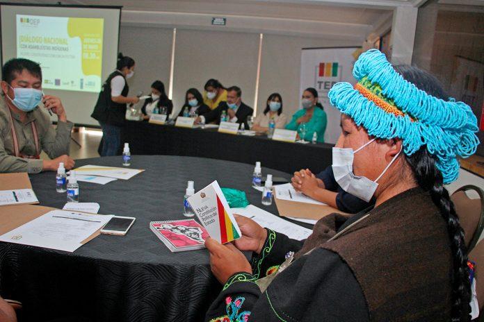 Dialogo Nacional con asambleistas indígenas