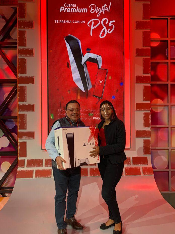 Wilma Jussara Cano fue la primera ganadora del Play Station 5