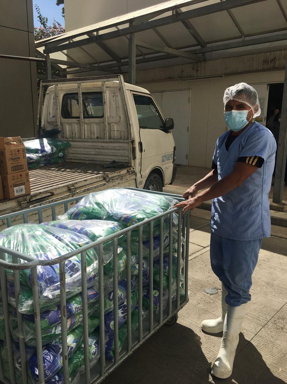 Donacion de detergente OMO