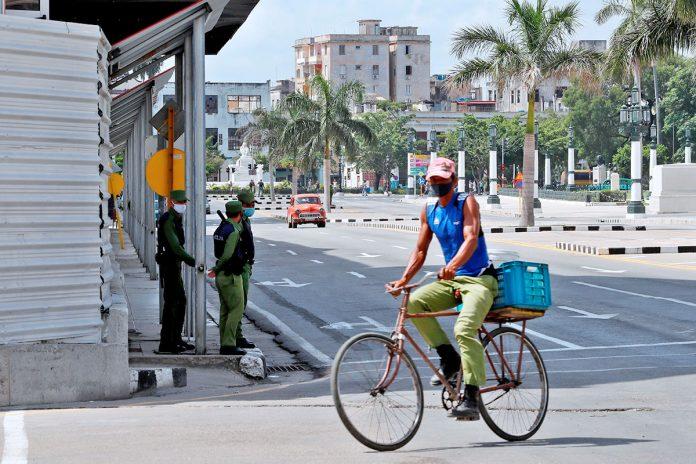Calma tensa en una Cuba