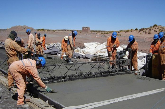 Constructores asesoran a municipios y gobernaciones para impulsar obras de infraestructura con cemento nacional