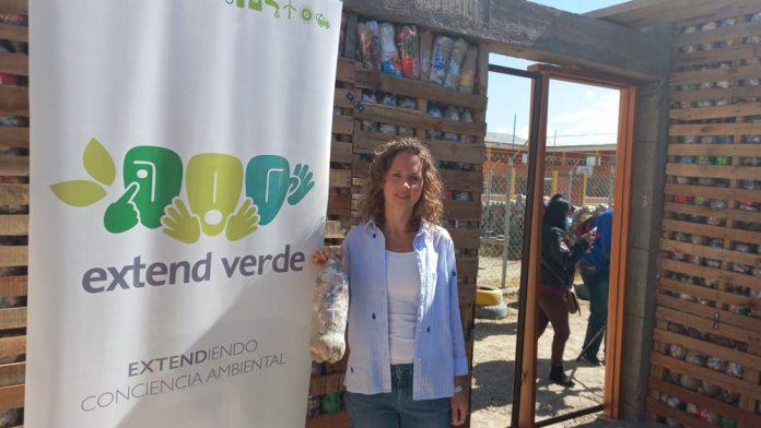 Extend Verde ultima aula de ecoladrillos en Achocalla
