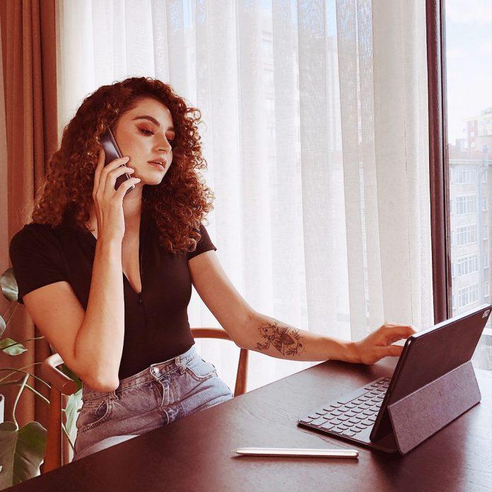 Oficina en casa 5 consejos para crear un espacio eficiente y comodo para teletrabajar