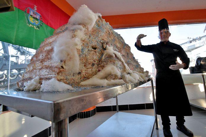 torta más alta de Bolivia