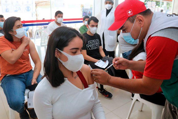 vacunación contra covid-19 en Santa Cruz