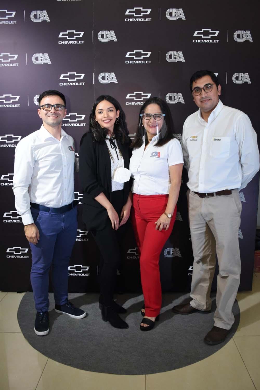 Andres Aponte jefe de marketing CBA Alejandra Garcia gestor de marketing Chevrolet Geovana Munoz jefa de cultura CBA y Nelson Cabrera Brand Manager Chevrolet