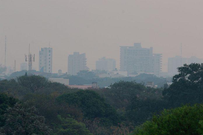 Santa Cruz se llena de humo