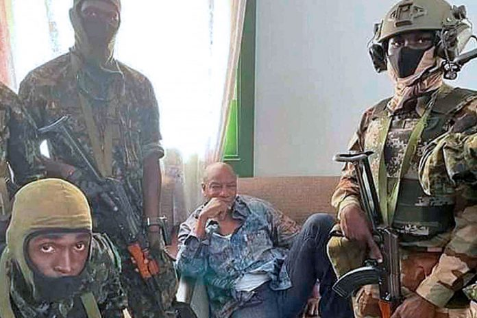 Alpha Condé fuera detenido por militares