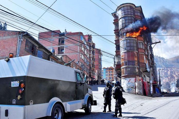 edificio en llamas y varios heridos deja conflicto cocalero
